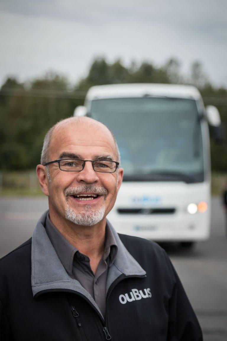 Kokenut ammatti linja-autonkuljettaja