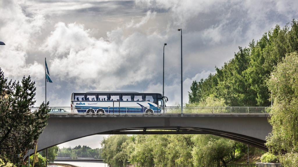 Oubus Tilausajot tilausliikenne oulu haukipudas kiiminki ii pudasjärvi charter bus